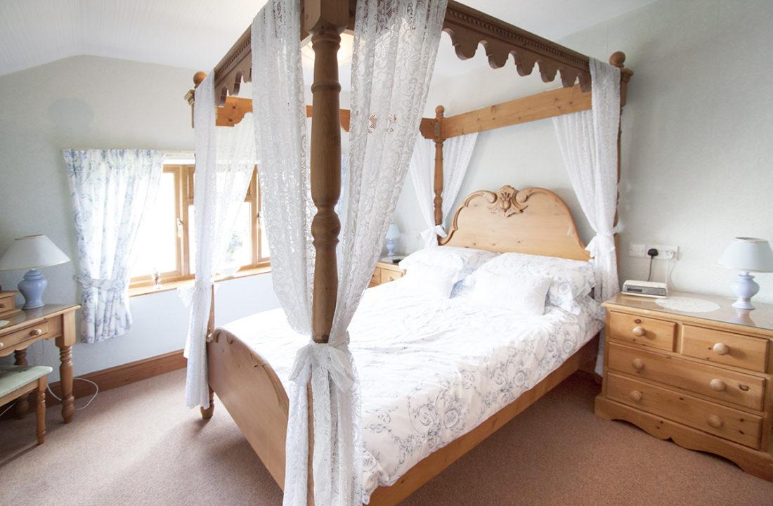 holiday log cabins lincolnshire, log cabin holidays lincolnshire, holiday park lincolnshire