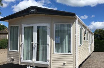 holiday park lincolnshire, glamping pods with hot tub, touring & camping site lincolnshire