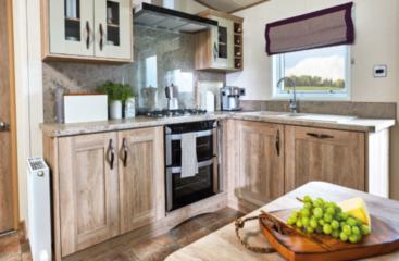 caravan site lincolnshire, holiday log cabins lincolnshire, holiday cottages