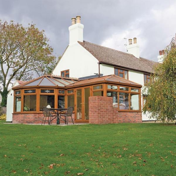Holiday Cottages at Woodthorpe Leisure Park